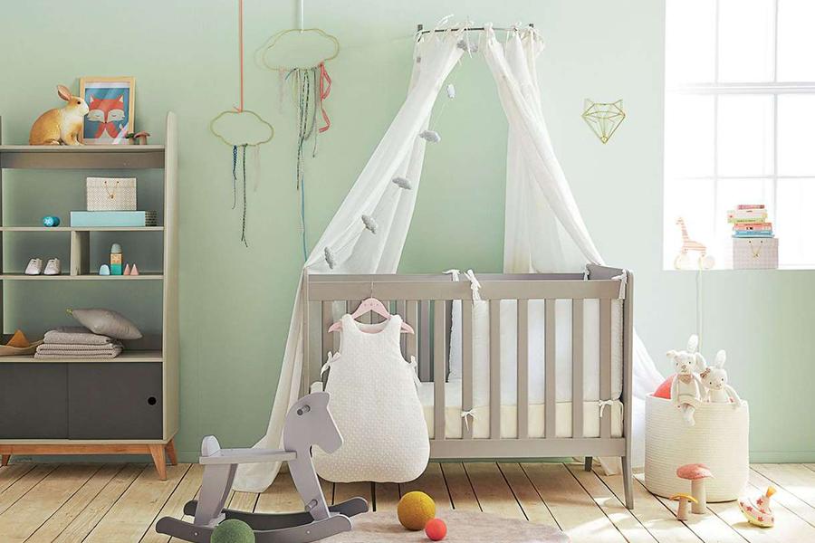 Chambre pour bébé verte