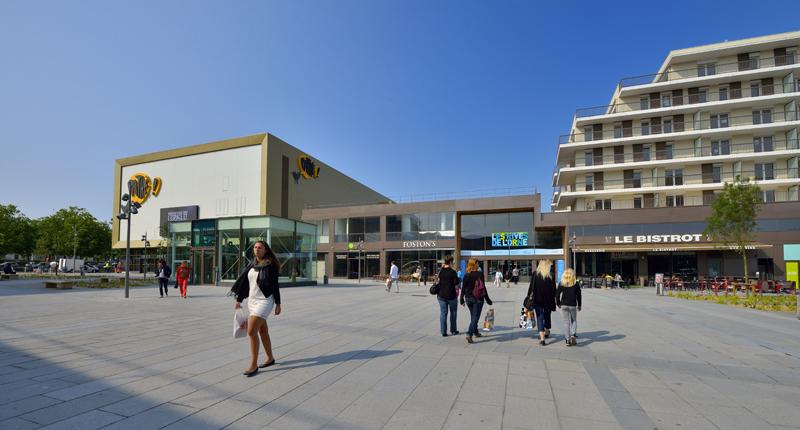 Le centre commercial : Les Rives de l'Orne