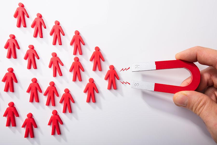 Service négociation pour les notaires : comment trouver des clients ?