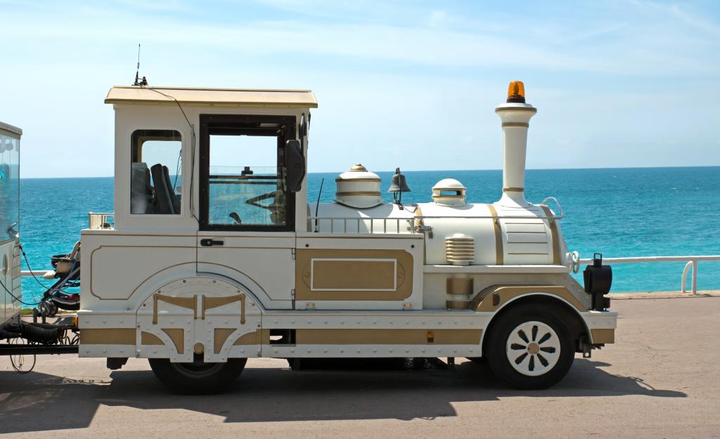 Le train pour visiter la Promenade des Anglais
