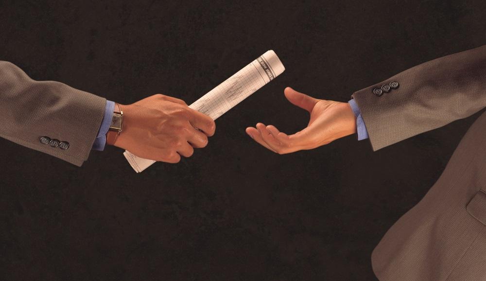 Relais entre deux hommes d'affaires